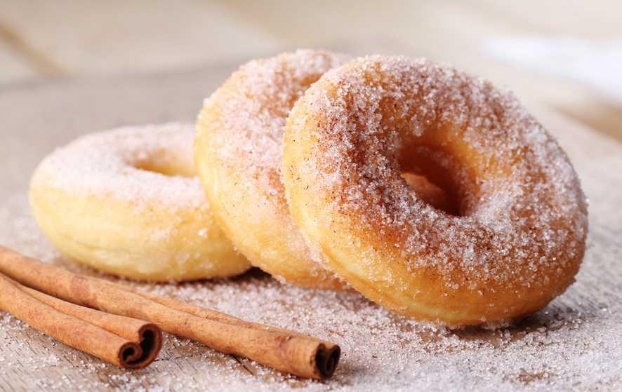 Пончики во фритюрнице, быстрый рецепт за 6 минут