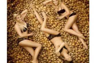 Как пожарить картошку. Но это запретный плод для всех соблюдающих фигуру. Но как же вкусно!