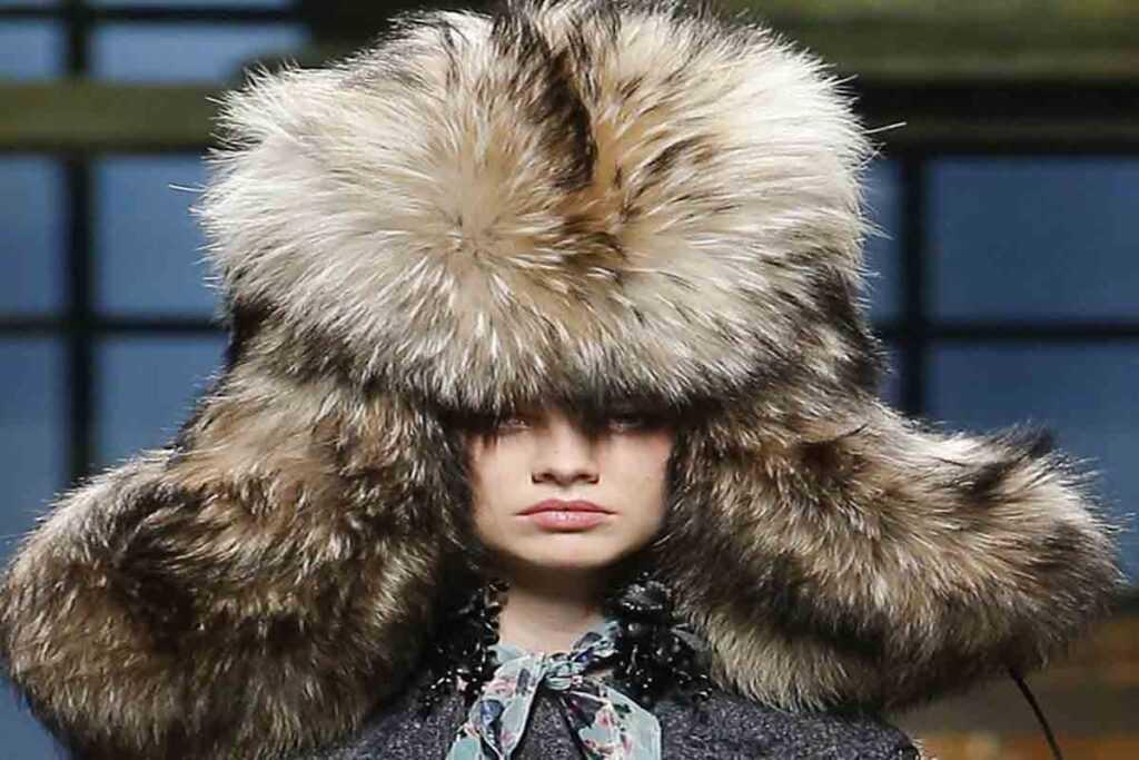 Хотите быть стильными и эффектными? Купите шапку 2020-2021
