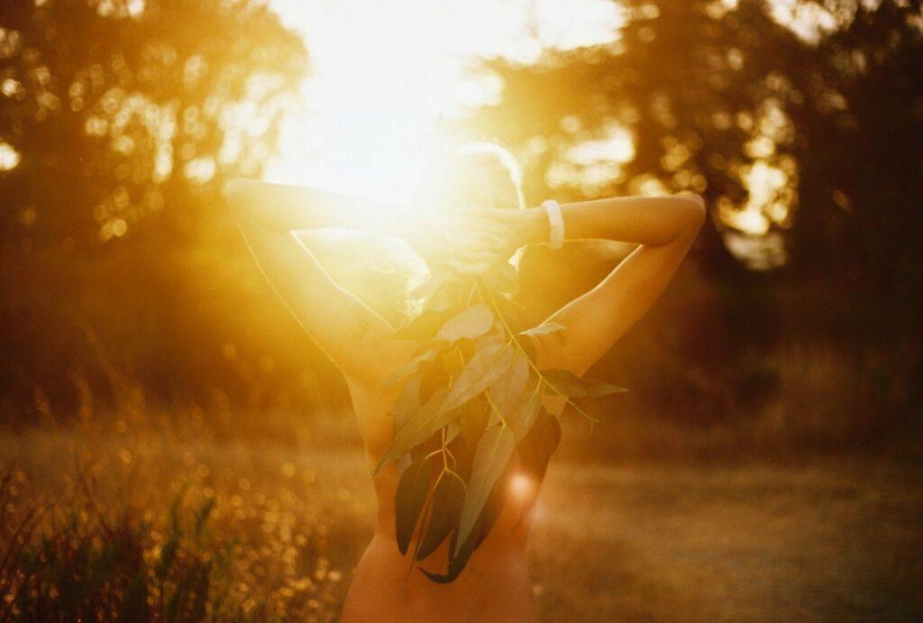 Солнечный свет - целитель и надежный союзник в борьбе с болезнями